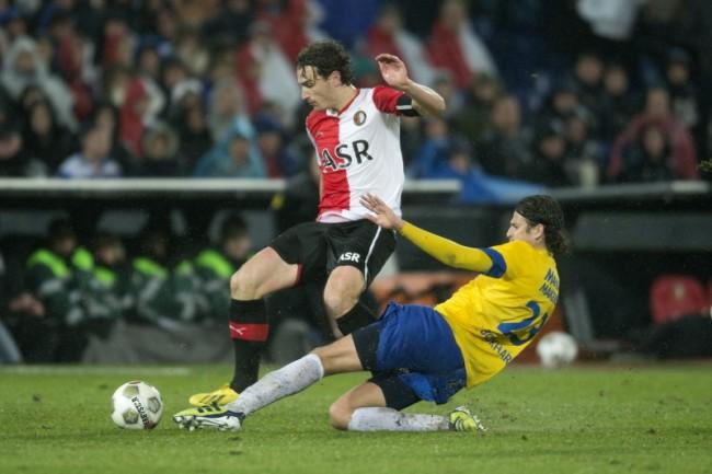 Optreden ME bij wedstrijden Feyenoord