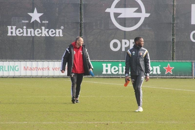 Kuyt moet flink inleveren als hij wil terugkeren bij Feyenoord