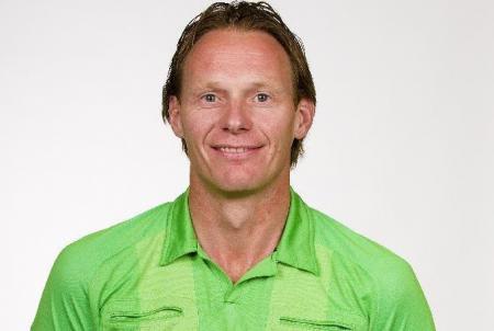 Marlon Slabbekoorn matchwinner Oranje -17