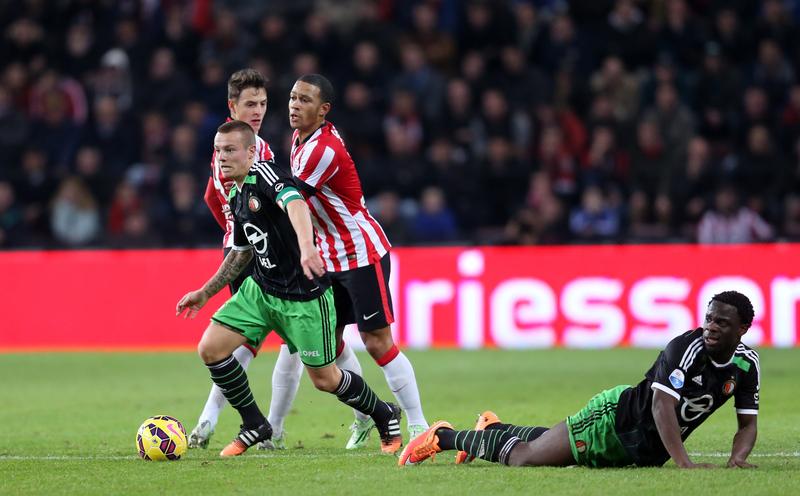Feyenoord geeft verdiend punt uit handen tegen koploper PSV