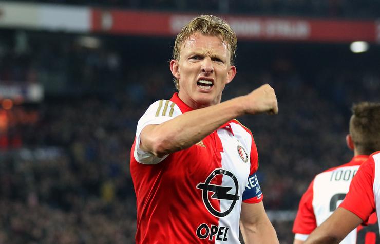 Feyenoordfans beschilderen kampioensdoek | Video