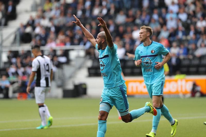 Van Bronckhorst: 'Derby leeft bij spelers en supporters'
