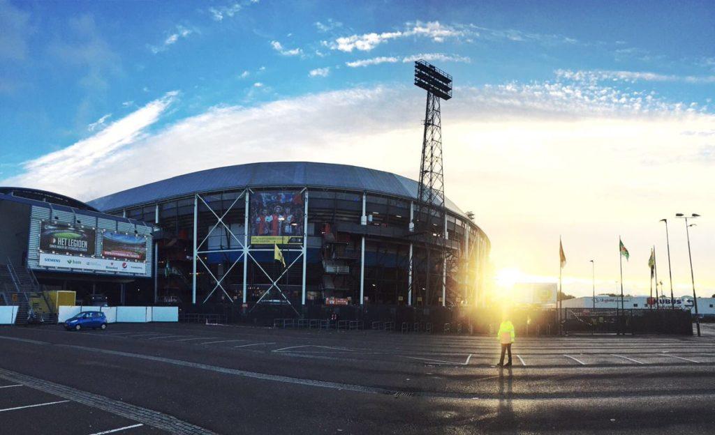 Feyenoord gaat contract Toornstra openbreken
