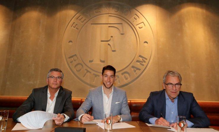 Win het boek 'Feyenoord, de eerste van de eeuw'