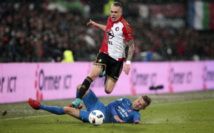 Karsdorp voert assistlijst Eredivisie aan